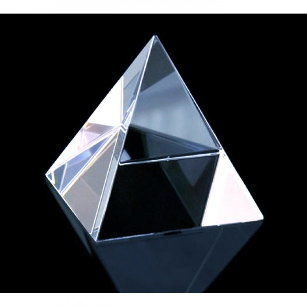 """Пирамида """"Хрустальная"""" 6.2 см"""