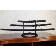 Набор из трёх самурайских мечей на подставке №3