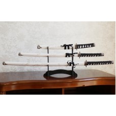 Набор из трёх самурайских мечей на подставке №6